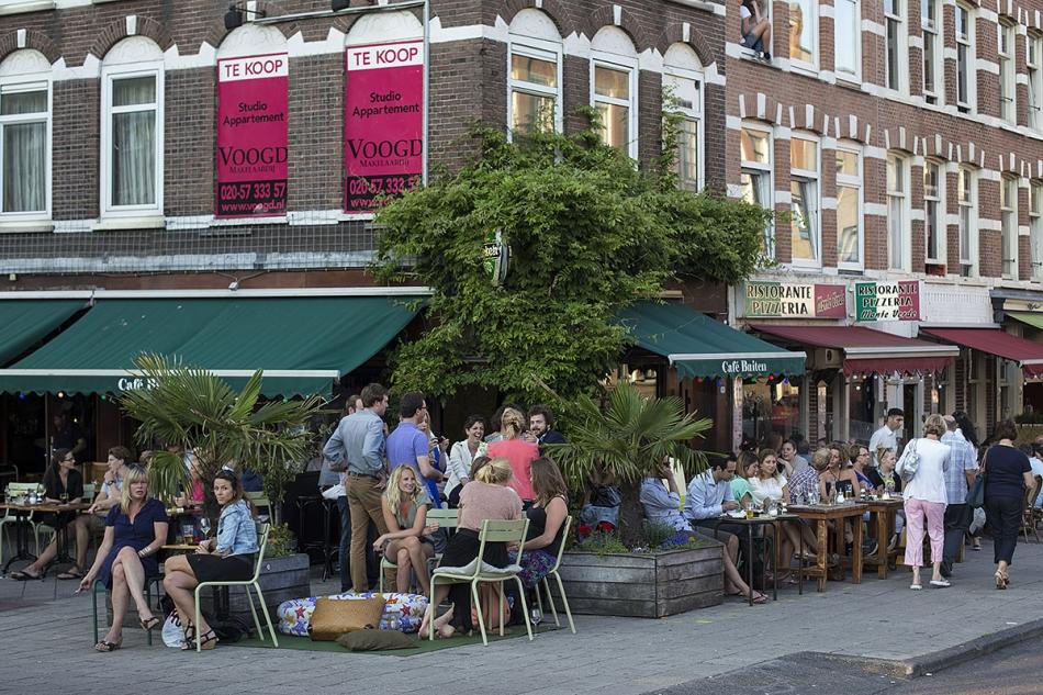 Binnen Buiten Amsterdam.Bij Cafe Binnen Buiten Www Maartenbrante Com