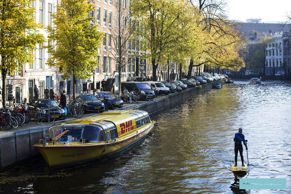 SUP in de herfst op de Herengracht