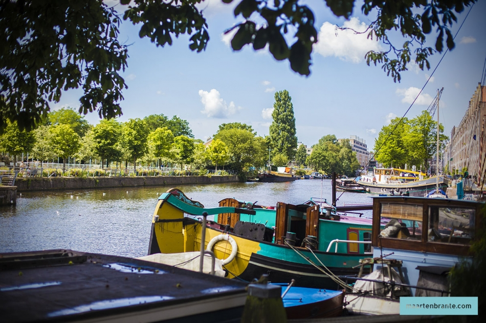 Houseboats besides Cool Amsterdam Apartments as well  moreover A Weekend Afloat On A London Houseboat together with 261279215856040730. on amsterdam houseboat rental